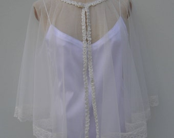 Cape wedding, ivory lace tulle cape, poncho lace tulle lace white wedding, ivory embroidered lace cape, cape, poncho, lace