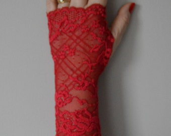 Red long lace Bridal Gloves, long red lace bridal fingerless gloves, fingerless long gloves, fingerless gloves lace long red, red gloves
