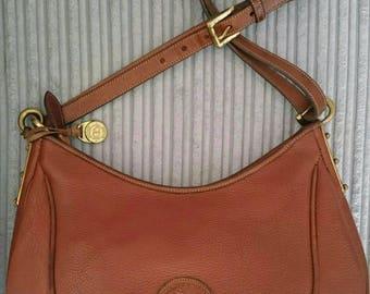 Dooney and Bourke AWL Crescent sac shoulder bag British tan zip Dooney Bourke hobo bag from UK