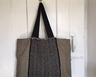 Tote bag with handwoven panel