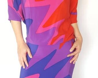 Vintage 1980s Designer Flora Kung Abstract Printed Silk Shift Dress / Size (M)
