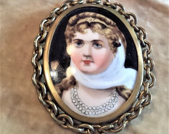 Victorian Lady Gold Filled Brooch