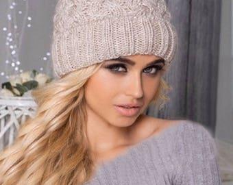 Fur pom pom fleece lined beanie, Pom Pom Hat, Knit beanie, Women winter hat, Chunky hat, Knit Beanie Hat Chunky, beanie, Fur pompom hat, hat