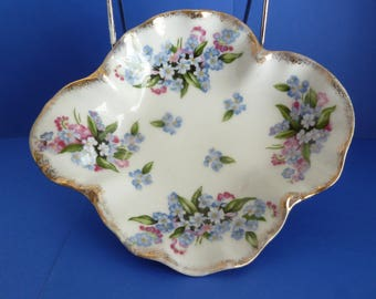 Royal Crown, Hand Painted, Square, Ruffled Edge Finger Bowl