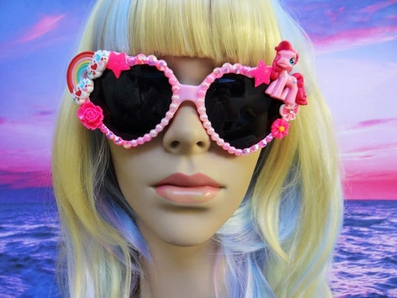 UNICORN My Little Pony * Pinkie Pie * Heart Shaped Sunglasses Sun Glasses Sunnies Rainbow Wayfarers Aviators Mermaid Kawaii Disney A053