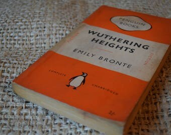 Wuthering Heights. Emily Bronte. A Vintage Penguin Book. 524. 1953