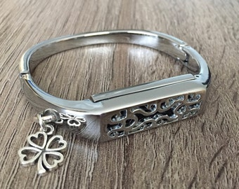 Silver Metal Band for Fitbit Flex 2 Activity Tracker Bangle Fitbit Flex 2 Bracelet Lucky Clover Leaf Fitbit Flex 2 Jewelry Pendant
