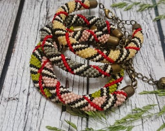 Geometric pattern bracelet rope bracelet beaded bracelet pink green gray beige seed beaded jewelry beadweaving spiral beaded rope bracelet