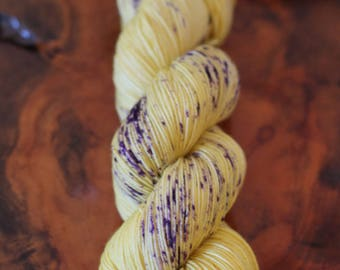 """Hand Dyed """"Yellow Violets"""", DK, Knitting, Crochet, Speckles, Yarn"""