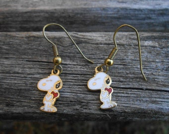 Vintage Snoopy Earrings. Gift For Mom, Birthday, Christmas, Mother's Day, Anniversary.