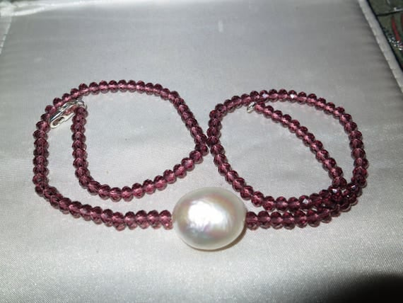 """Lovely 4mm cranberry crystal necklace with 20mm Keshi white pearl pendant 18"""""""