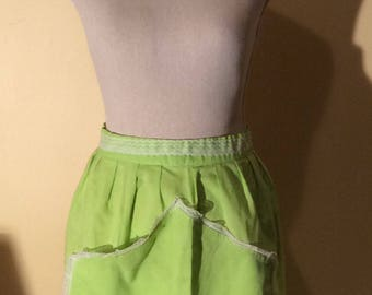 Vintage Green Apron with Frill Trim
