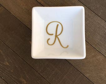 Personalized Initial, Ring Dish, Jewelry Dish, Custom Jewelry Dish, Personalized Gift, Jewelry Holder, Custom Ring Dish, Bridesmaid Gift