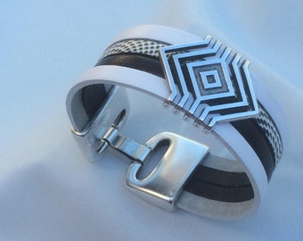 2 cm white, Black Snake leather Cuff Bracelet