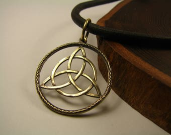 Triquetra necklace, Bronze, Triquetra pendant, Trinity knot, Wiccan jewelry, Celtic Knot, Pagan Symbol, Magic Jewelry, Triskele,Witches knot
