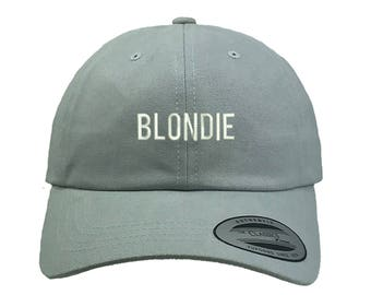 Blondie in velour pants - 1 2