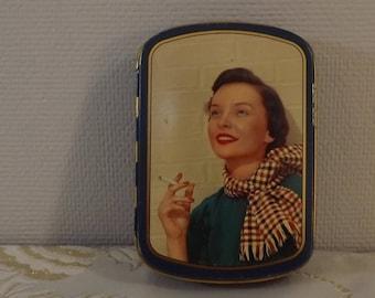Boite tôle Rizla +. Papier cigarettes. Tin box. Vintage