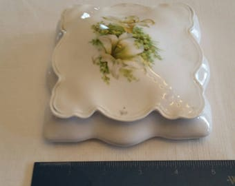 antique porcelain square jewelry box / trinket case w/ white lily flower - candy dish floral lillies art deco ornate victorian vintage