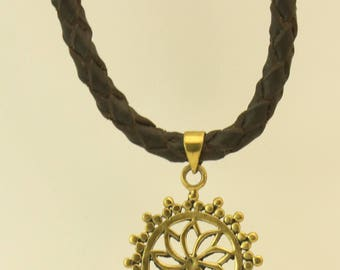LEATHER NECKLACE with FLOWER pendant