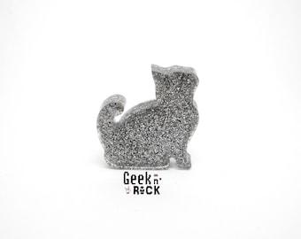 Kawaii cat kitten brooch resin with glitter