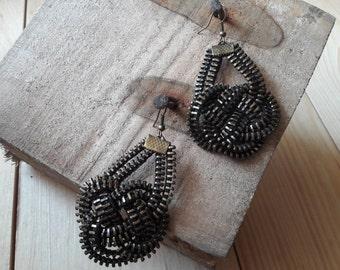 Industrial earrings Zipper jewelry Zipper earrings Industrial jewelry Knot earrings Steampunk earrings