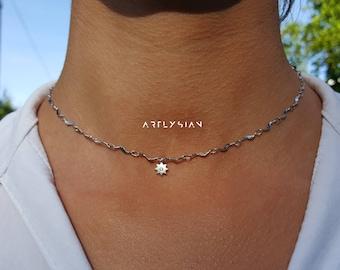 Choker star necklace, tiny star necklace shiny, Silver star choker, Little star necklace, Tiny star necklace, mini star pendant, celestial