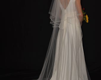 "Two-Tier 30""/90"" Chapel Veil with 1/4"" Organza Ribbon Edge"