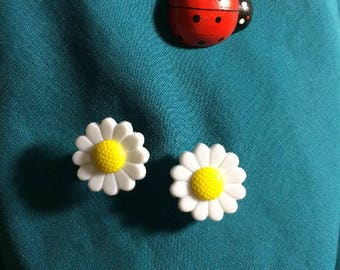 Cute White DAISY Daisies Flowers Clog Shoe Charms