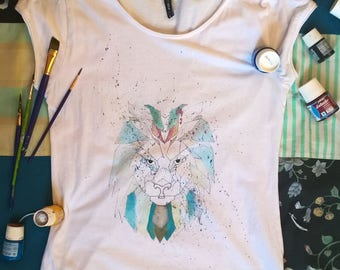 Lion hand painted T-Shirt