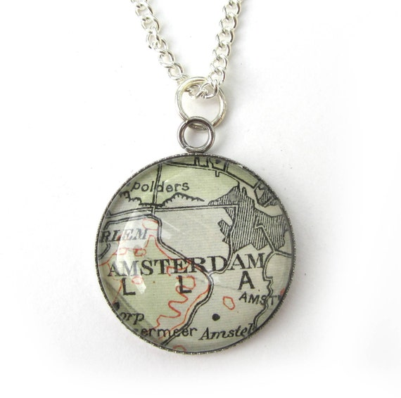 Map necklaces - The Netherlands variations 20 mm