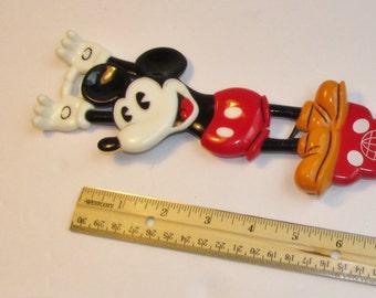 Vintage Mickey Mouse Back Scratcher. Walt Disney World. R5