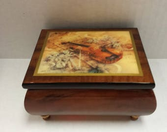 Italian Made Music Box Minuet, Serenade No. 11 Mozart Musical Movement Featuring Lena Liu Art on the Top Free Shipping