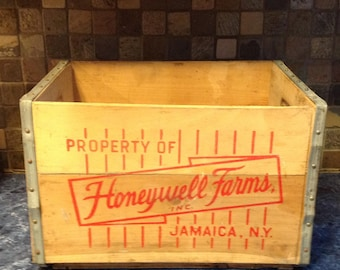 Vintage Honeywell Farms Milk Crate- Jamaica, New York