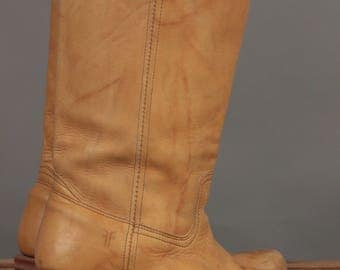 Vintage 1980's Frye Western Campus Boots 9.5M in Blonde Brown Leather