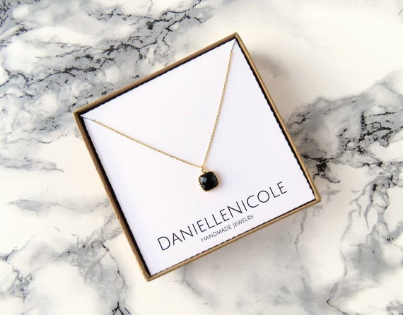 Dainty Black Jewel Necklace, Dainty Necklace, Pendant Necklace, Everyday Jewelry, Simple Necklace, Gifts for Her, Simple Jewelry