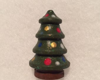 Tiny Christmas Tree Pin