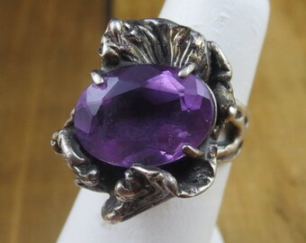 Vintage Amethyst Modernist Ring Size 5.75 Very Unique