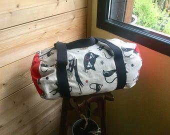 Cat duffel bag!