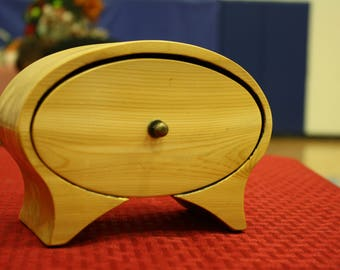 Oval Bandsaw Box for Jewelry, Keepsakes, Storage, Home Decor