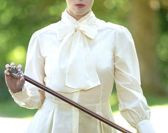 Victorian Blouse in Soft Cream