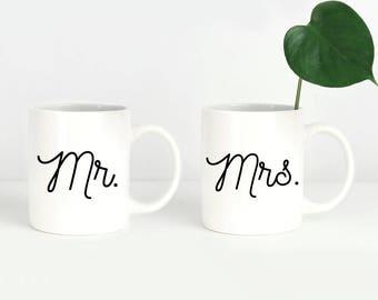 Wedding Couple Mugs, Mr and Mrs Mugs, Mug Set for Couples, Engagement Mug Set, Couples Mugs, Engagement Mug Gift, Mr Mrs Coffee Mugs
