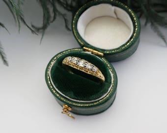 Antique 18K 0,25ct diamond ring