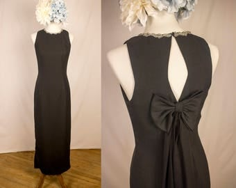 1990s Le Stella Black Evening Gown - Rhinestone Collar - Back Bow and Cutout - Vintage - Size 10