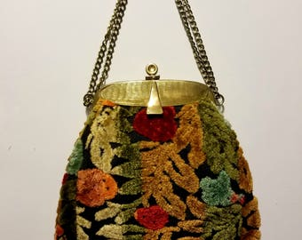 Vintage 60's Clutch Purse Floral Tapestry Carpet Bag w/ Golden Frame Hinged Opening