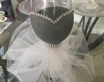 Wedding dress wine glasses