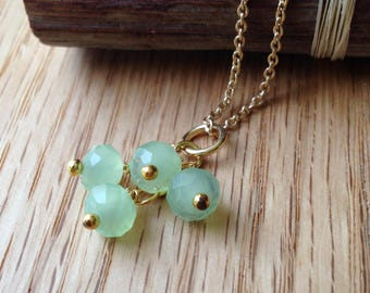 Light Green Crystal Glass Necklace