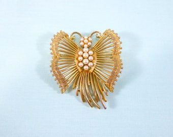 Vintage Lisner gold and pearl butterfly brooch