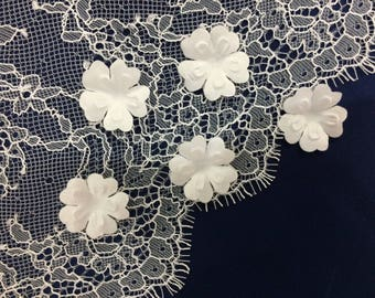 5 pc off white, BRIDAL FABRIC FLOWERS, petals