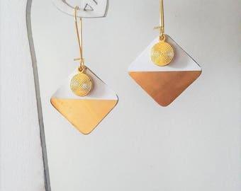 White and gold geometric earrings