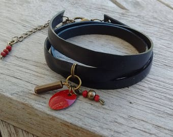 Charm bracelet in recycled bicycle inner - Bracelet charm and Red sequin and beads - red and bronze vegan leather Cuff Bracelet